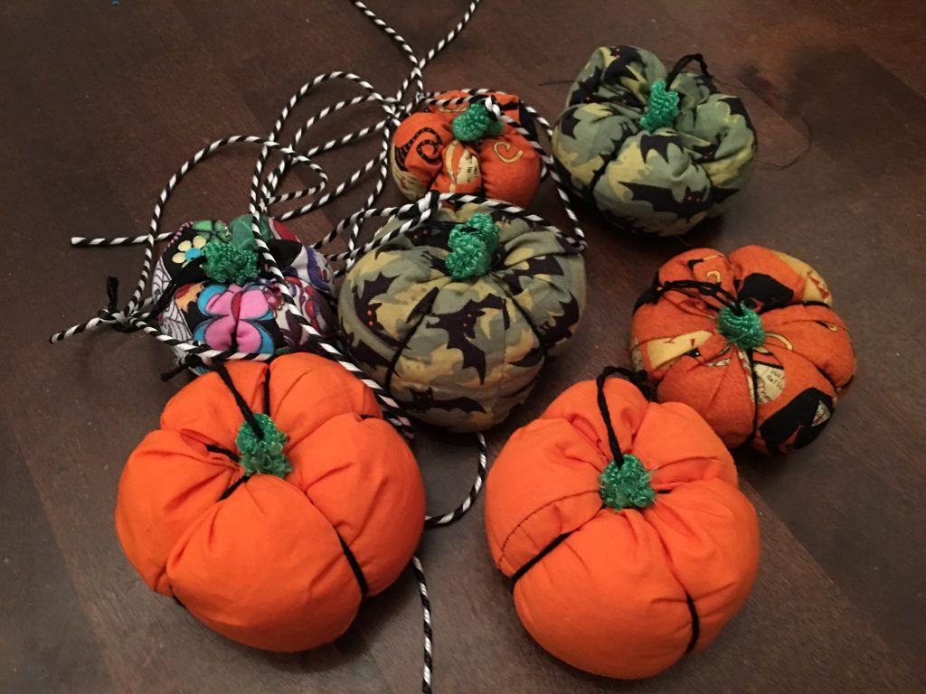 halloween pumpkins garland collection