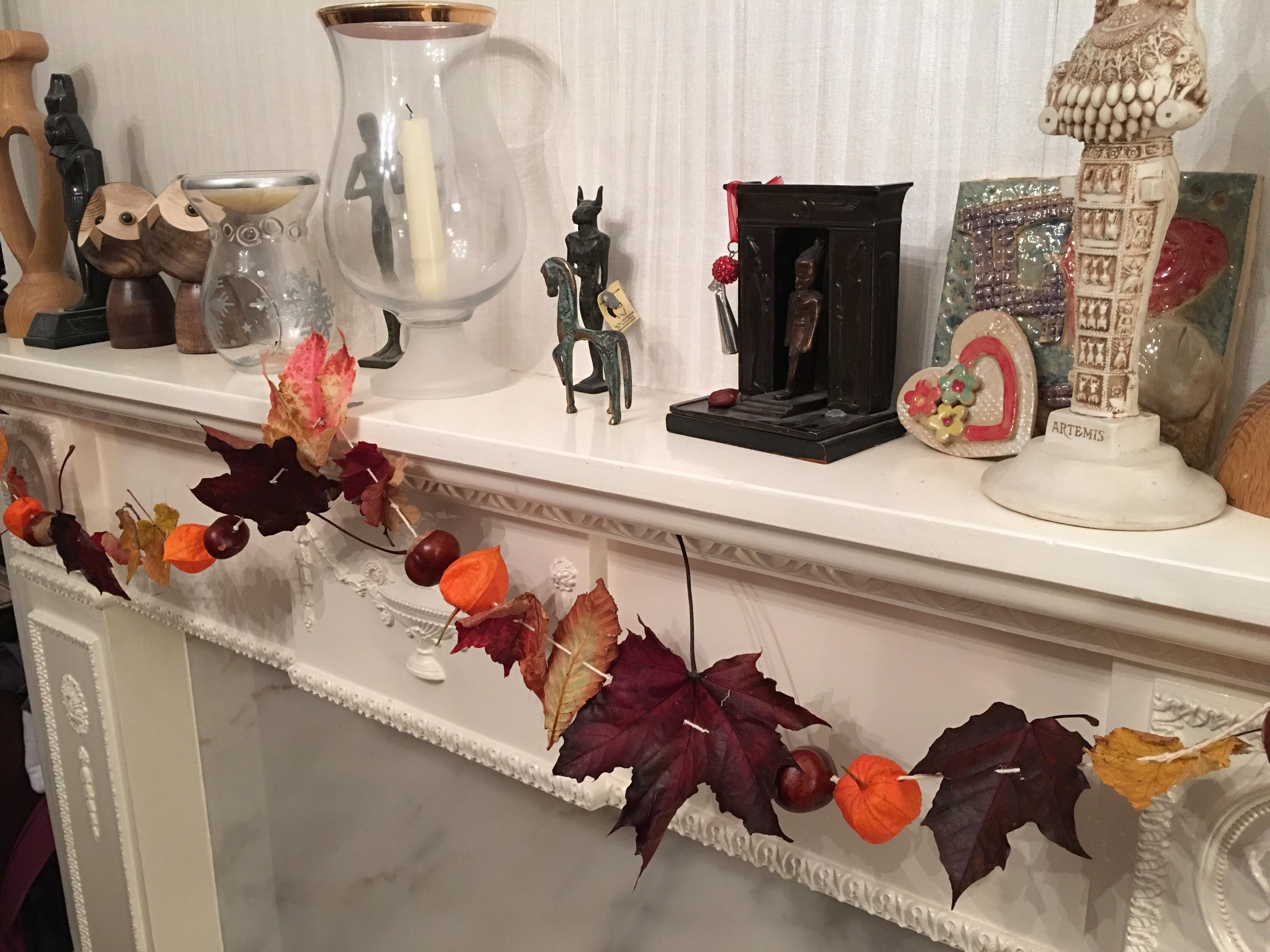 autumn bucket list - autumn garland