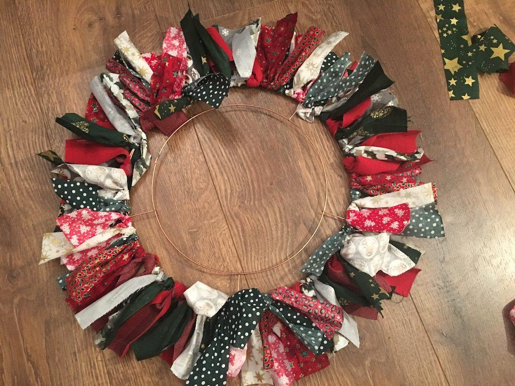 Festive Rag Wreath - layer 1