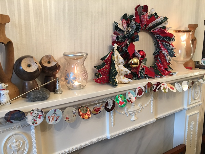 Merry Lagom Christmas - garland in place
