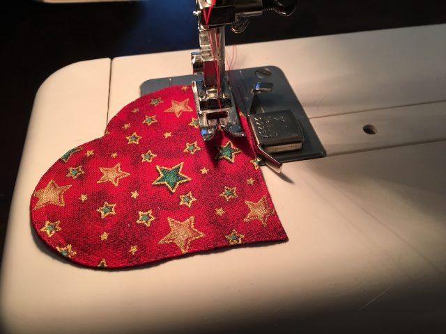 Padded Heart Valentine Garland - sewing 1