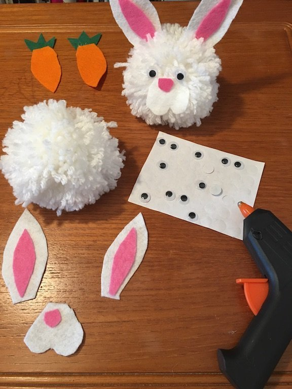 PomPom Spring garland. - making the rabbits