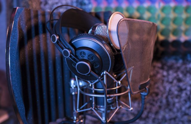 unique gift ideas for Mother's Day - recording studio picture
