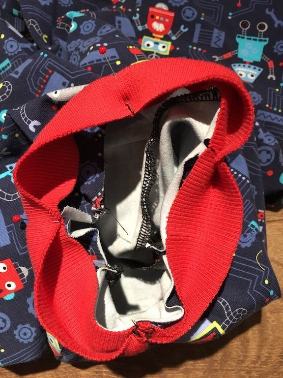 How To Sew A Neck Band Into A Stretch Garment - pinned and quartered neck band