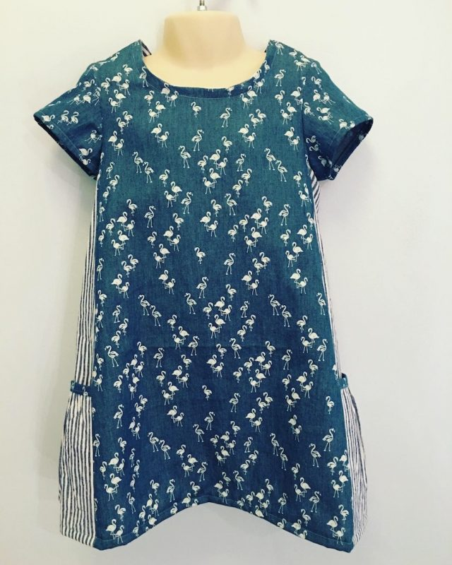 A Little Girl Dress With Pockets - the Simplicity 8147 - my finished dress