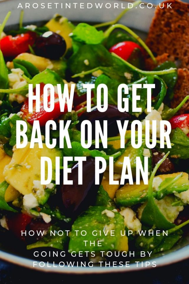 How To Get Back On Your Diet Plan - if you have a setback during dieting, these tips will help you get back on track. Don't give up on diets when the going gets tough. Follow these  motivational ideas and keep on going where you want to go. Get the motivation and drive to start again and succeed with your weight loss #dietmotivation #losing weight #weightlossmotivation #motivationfordiets #motivationforweightloss #dieting #diets