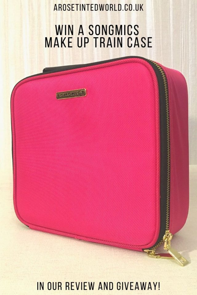 We were sent the Songmics Make Up Train Case in Pink to review. See what we thought and find out how you can win this versatile organiser compartmentalised travel case for yourself. #win #UKcompetition #giveawayuk