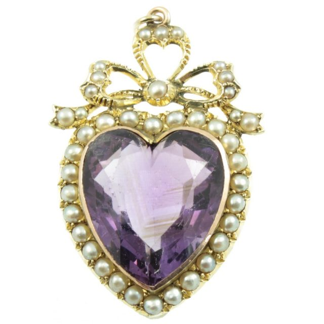 A beautiful piece of antique jewellery