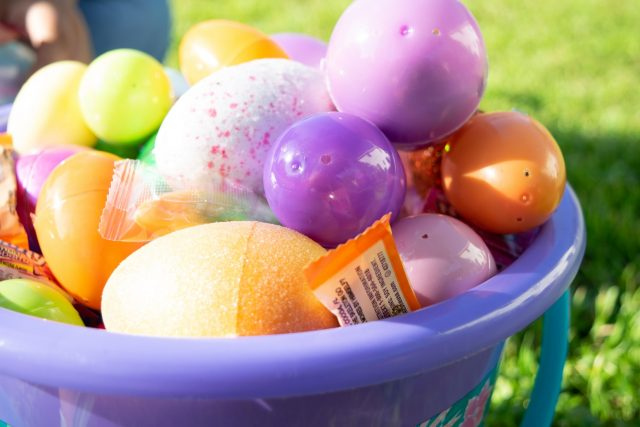 Easter Egg Planters - 5 things to DIY